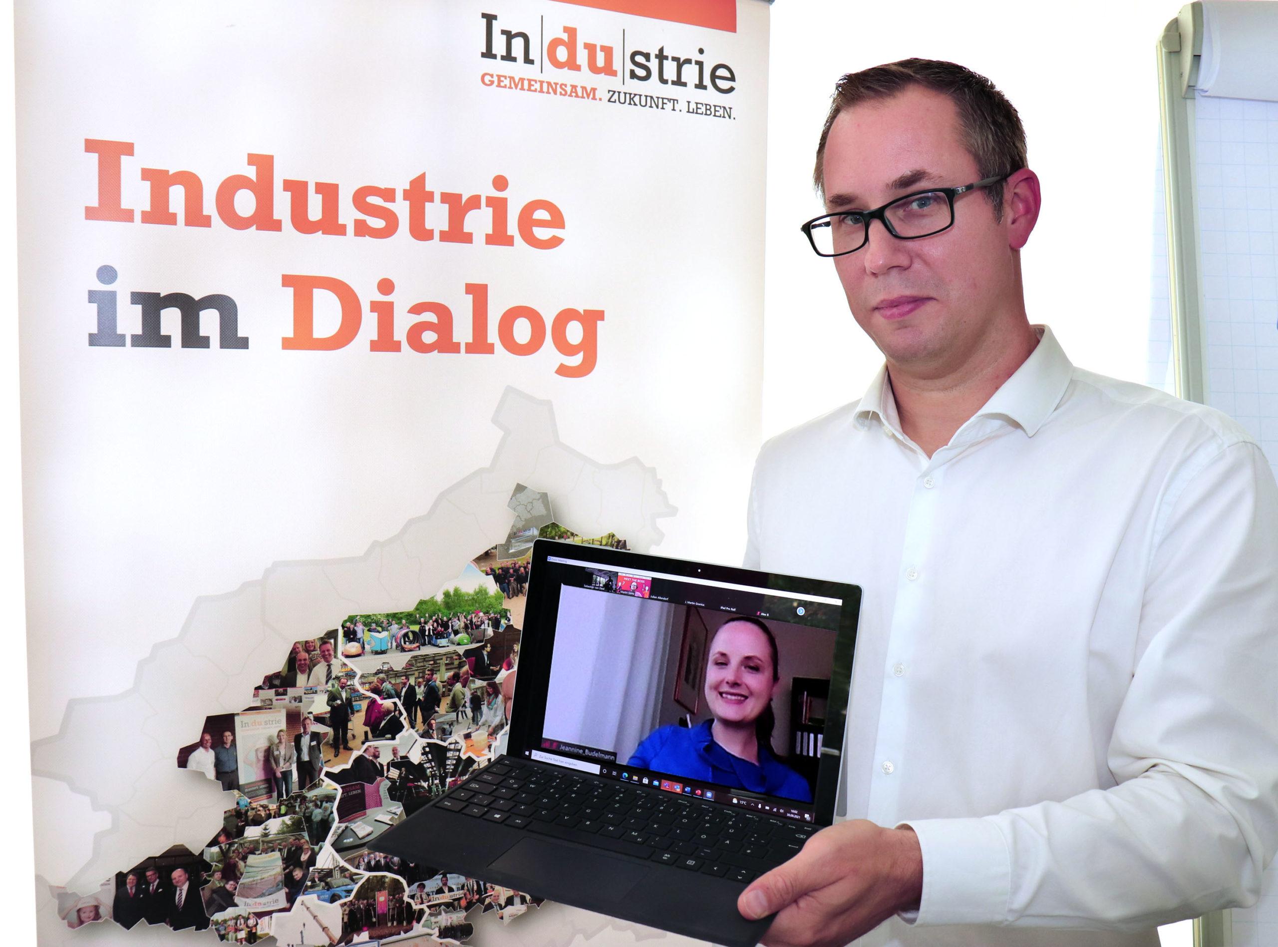 """Die IHK-Aktion """"Meet the Boss"""" hat Studierende der Westfälischen Hochschule mit Chefinnen und Chefs von Unternehmen zusammengebracht."""